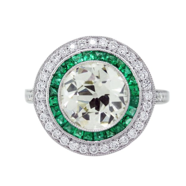 3-Carat-Diamond-Platinum-and-Emerald-Vintage-Style-Engagement-Ring