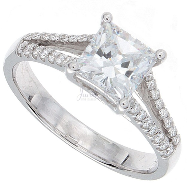 compound-princess-cut-engagement-rings-1024x1024