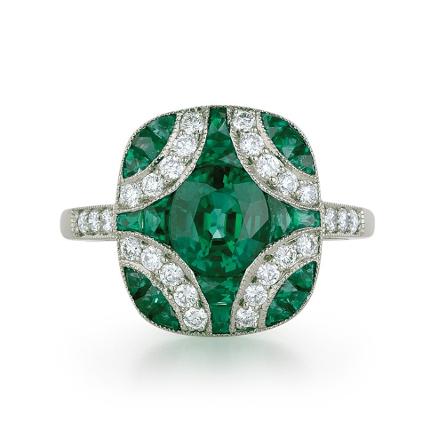 emerald-engagement-rings-Kwiat--28005E-08