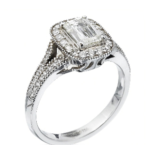 Unique-Ring-engagement-intricate-classic-design