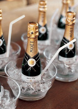 mini champagne favours
